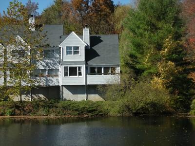 Condominium for sales at Proximity & Privacy 23 Wilton Crest Wilton, Connecticut 06897 United States