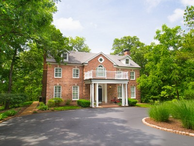 一戸建て for sales at Private wooded Estate 40 Lemp Road Kirkwood, ミズーリ 63122 アメリカ合衆国