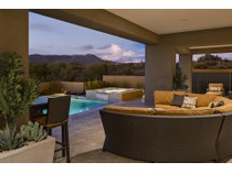 단독 가정 주택 for sales at Beautiful Brand New Soft Contemporary Home In Desert Mountain 9656 E Horizon Drive   Scottsdale, 아리조나 85262 미국