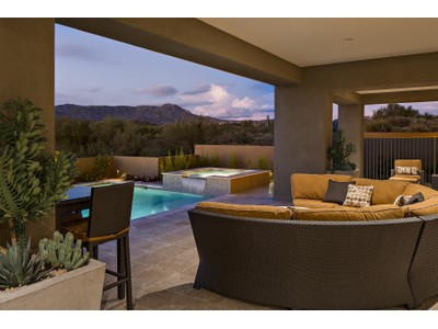 Einfamilienhaus for sales at Beautiful Brand New Soft Contemporary Home In Desert Mountain 9656 E Horizon Drive  Scottsdale, Arizona 85262 Vereinigte Staaten