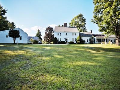 独户住宅 for sales at Sanborn Farm 39 Sanborn Road Brookfield, 新罕布什尔州 03872 美国