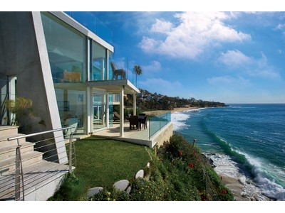Villa for sales at 31881 Circle Drive  Laguna Beach, California 92651 Stati Uniti