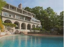 一戸建て for sales at Lakefront Mediterranean Estate    Kinnelon, ニュージャージー 07405 アメリカ合衆国