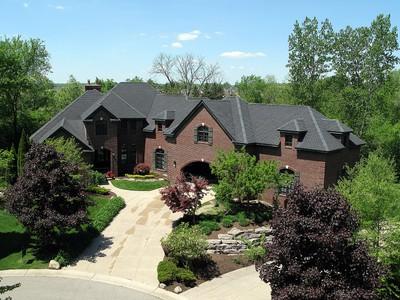 Casa para uma família for sales at Northville Township 18151 Laurel Springs Northville Township, Michigan 48168 Estados Unidos
