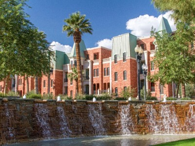 Maison de Ville for sales at Downtown Phoenix Luxury Living - Chateau on Central 42 W Palm Lane Phoenix, Arizona 85003 États-Unis