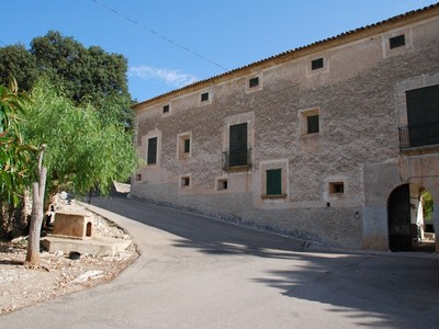 Maison unifamiliale for sales at Ancient Majorcan Possession of 70 hectares  Campanet, Majorque 07310 Espagne
