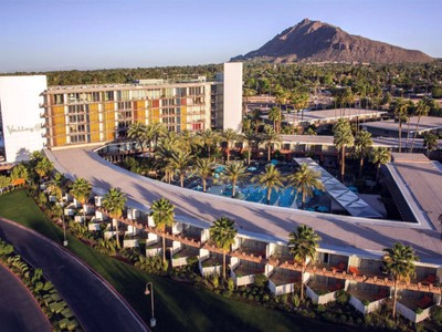 Condominio for sales at Premier 7th Floor Penthouse in Scottsdale's Historic Hotel Valley Ho 6850 E Main Street #7705  Scottsdale, Arizona 85251 Estados Unidos