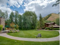 Villa for sales at Exceptional Riverfront Estate 91 and 101 Audubon Place  Mid Valley, Hailey, Idaho 83333 Stati Uniti