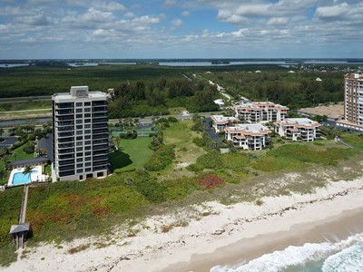 Land for  at Prime Oceanfront Development Opportunity 4002 Hwy A1A N Hutchinson Island, Florida 34949 United States