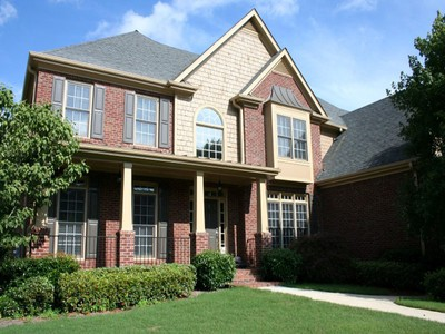 Single Family Home for rentals at Three Sided brick With Inground Pool 2910 Holly Pointe Court Marietta, Georgia 30062 United States