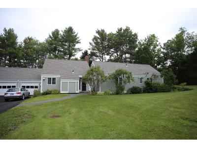 Condomínio for sales at Hilltop Place 76 Hilltop Place  New London, New Hampshire 03257 Estados Unidos