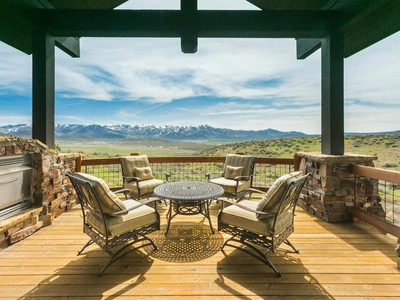 Moradia for sales at Extraordinary Promontory home with perfect Ski-Mountain Views 7741 West Hills Trail Park City, Utah 84098 Estados Unidos
