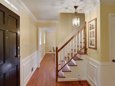 Casa Unifamiliar for sales at Beautiful Home in Heart of Vinings 2976 Vinings Forest Way  Atlanta, Georgia 30339 Estados Unidos