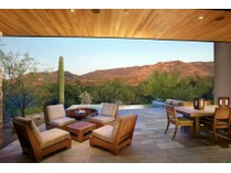 Einfamilienhaus for sales at Fully Furnished Contemporary Retreat in The Villas at Miraval 5000 E Via Estancia Miraval #7   Tucson, Arizona 85739 Vereinigte Staaten