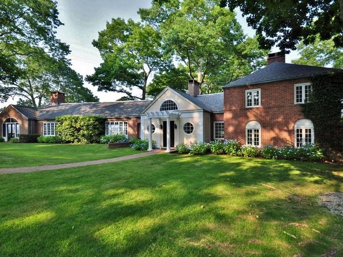 獨棟家庭住宅 for sales at Spectacular Waterfront Estate 320 Watrous Point Road Old Saybrook, 康涅狄格州 06475 美國