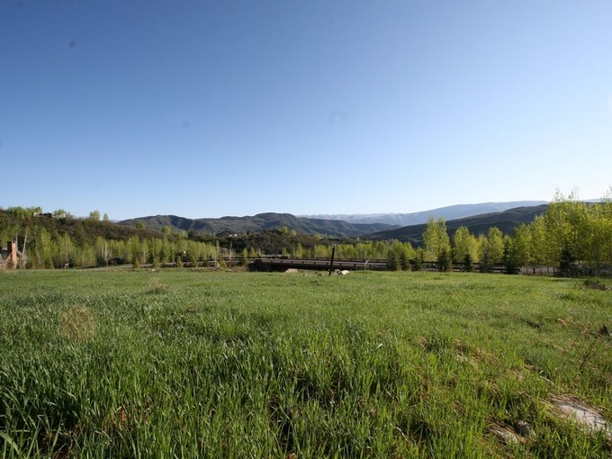 Land for sales at Lot 16 Two Creeks 841 Serviceberry Snowmass Village, Colorado 81615 Vereinigte Staaten