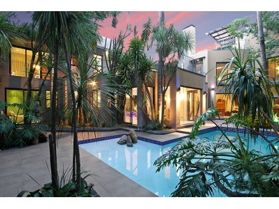 Einfamilienhaus for sales at Three levels of unique and modern in Atholl  Johannesburg, Gauteng 2196 Südafrika