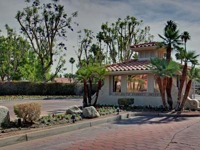 共管式独立产权公寓 for sales at 500 S Farrell Drive Q106 500 South Farrell Drive Unit Q106 Palm Springs, 加利福尼亚州 92264 美国