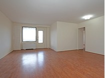 Co-op for sales at High Floor 3 BR w/Terrace 4901 Henry Hudson Parkway 9E   Riverdale, New York 10463 United States