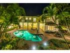 Частный односемейный дом for  sales at Private Custom Kahala Retreat 542 Ahina Street   Honolulu, Гавайи 96816 Соединенные Штаты