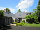 Moradia for sales at Warm and Inviting Contemporary style Cape Home 3 Wincrest Drive Winchester, Massachusetts 01890 Estados Unidos