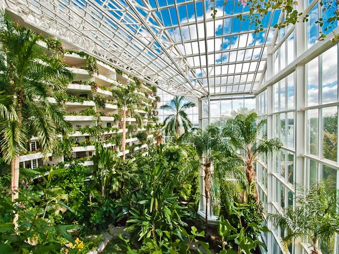 Condominium for sales at Montréal 2500 Av. Pierre-Dupuy, apt. 1107 Montreal, Quebec H3C4L1 Canada