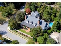 Nhà ở một gia đình for sales at Custom Estate Home Built By International Builder 4167 Chimney Heights NE   Roswell, Georgia 30075 Hoa Kỳ
