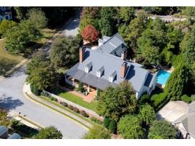 Casa Unifamiliar for sales at Custom Estate Home Built By International Builder 4167 Chimney Heights NE Roswell, Georgia 30075 Estados Unidos