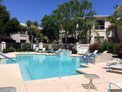 共管式独立产权公寓 for sales at Wonderful Updated Ground Floor Corner Unit Next To The Pool 9550 E Thunderbird Rd #102 Scottsdale, 亚利桑那州 85260 美国