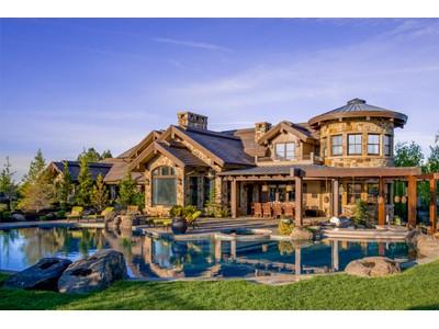 Nhà ở một gia đình for sales at 61961 Ballantrae Ct  Bend, Oregon 97702 Hoa Kỳ