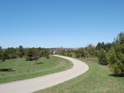 Land for sales at Lot #7, Paradise Hills Drive   Central Lake, Michigan 49622 United States