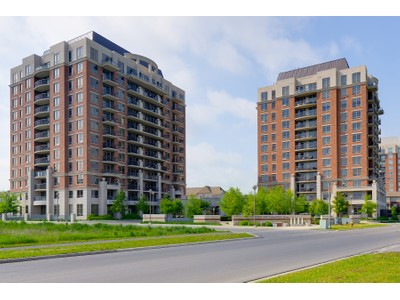 Кооперативная квартира for sales at Central Park Condo 2391 Central Park Drive #1012  Oakville, Онтарио L6H0E4 Канада