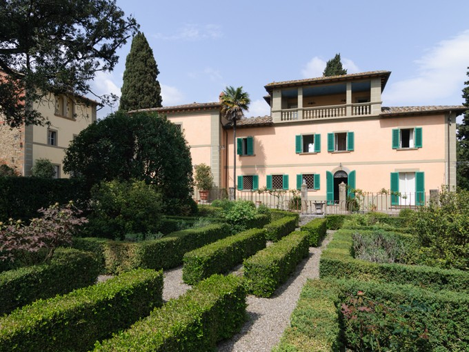 Single Family Home for sales at Splendid Villa between Siena and Arezzo Monte San Savino Arezzo, Arezzo 52048 Italy