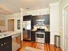 Condomínio for sales at Gorgeous Second Floor Unit 487 Talbot Avenue Unit 3 Boston, Massachusetts 02124 Estados Unidos