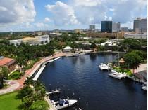 Appartement en copropriété for sales at Symphony 600 W Las Olas Blvd. #1208   Fort Lauderdale, Florida 33312 États-Unis
