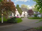 Maison unifamiliale for  sales at Stunning English Country Estate 2930 Belkay Lane  Cincinnati, Ohio 45237 États-Unis