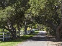 Maison unifamiliale for sales at Hidden Valley Road 1464 Hidden Valley Road   Thousand Oaks, Californie 91361 États-Unis
