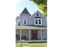 独户住宅 for sales at Renovated Victorian 28 Lafayette   Rumson, 新泽西州 07760 美国