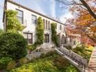 Частный односемейный дом for sales at Massachusetts Avenue Heights 2933 Benton Place Nw Washington, Округ Колумбия 20008 Соединенные Штаты