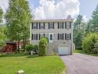 Частный односемейный дом for  sales at Incredible Colonial 8 Breton Road Upton, Массачусетс 01568 Соединенные Штаты