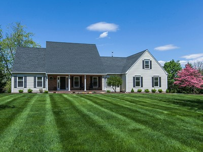 Maison unifamiliale for sales at Serenely Set - Montgomery Township 36 Richmond Drive Skillman, New Jersey 08558 États-Unis