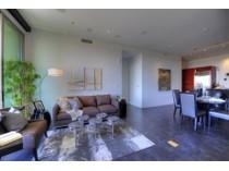 コンドミニアム for sales at Exquisite Luxury Scottsdale Plaza Lofts Condo With Beautiful Views 15215 N Kierland Blvd #635   Scottsdale, アリゾナ 85254 アメリカ合衆国