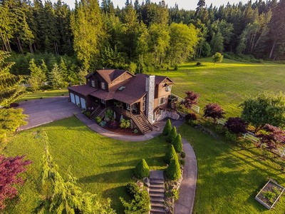 Villa for sales at Snohomish Equestrian Property and Residence 23326 Woods Creek Road Snohomish, Washington 98290 Stati Uniti