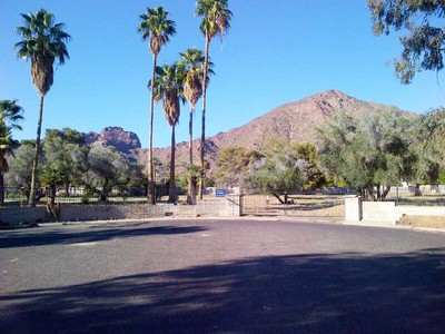 Terreno for sales at Very Rare Almost 3 Acre Parcel Located In The Heart Of Arcadia 4515 N Royal Palm Circle #2 Phoenix, Arizona 85018 Estados Unidos
