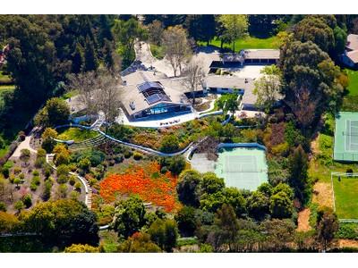 獨棟家庭住宅 for sales at 27 Crest Road 27 Crest Road W  Rolling Hills, 加利福尼亞州 90274 美國