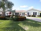 Moradia for sales at 2231 NE 44 St.  Lighthouse Point, Florida 33064 Estados Unidos