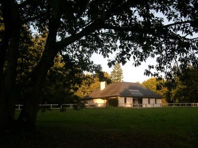 Частный односемейный дом for sales at PROPRIETE SUR 3 HECTARES BORDANT LE GOLF  Other Pays De La Loire, Луара 44360 Франция