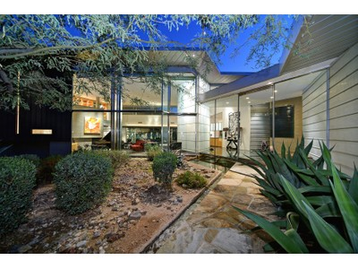 Maison unifamiliale for sales at Stunning Modernist Masterpiece On A Spectacular Paradise Valley View Lot 5901 E Joshua Tree Lane   Paradise Valley, Arizona 85253 États-Unis