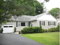 独户住宅 for sales at Mid-Century Ranch Close to All in Briarcliff Manor 800 Pleasantville Rd.   Briarcliff Manor, 纽约州 10510 美国