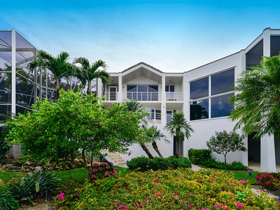 獨棟家庭住宅 for sales at Sunrise Tranquility at Ocean Reef 37 Cardinal Lane Key Largo, Florida 33037 United States